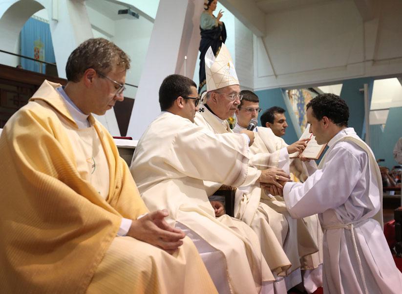 Tiago Varanda – Primeiro sacerdote invisual, originário de Penude