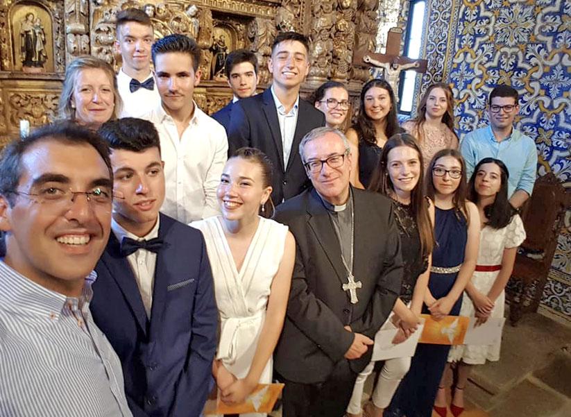 Celebração do Sacramento do Crisma Paróquias de Alvite e de Leomil